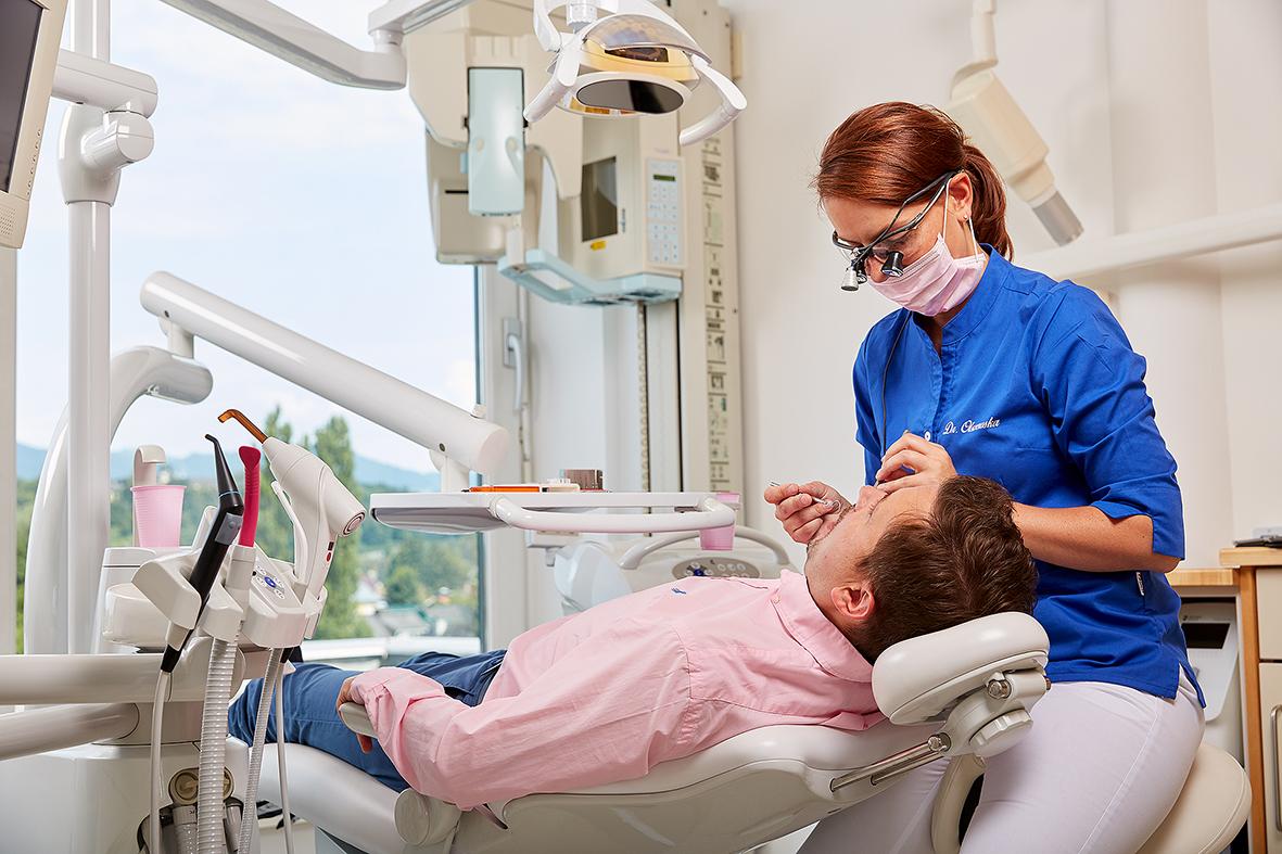 Zahnarzt Salzburg Zahnarztpraxis Zahnärztin Zahnheilkunde Österreich Dr. Ewa Olszewska